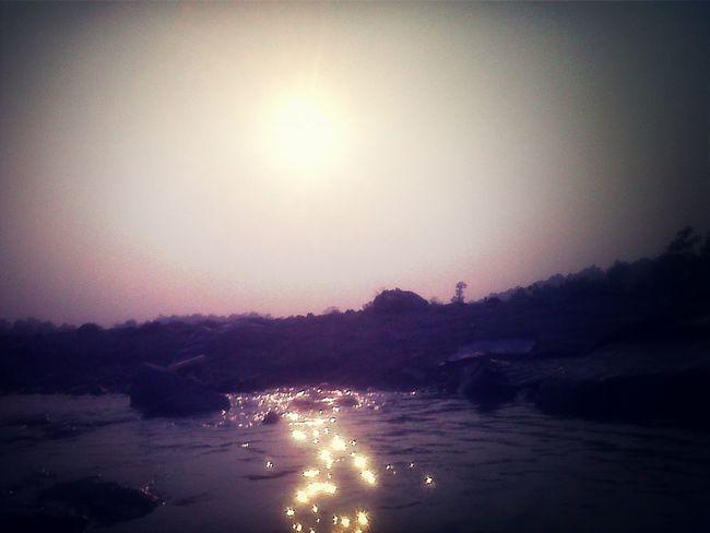 dazzle & dance Sun Rays River Razzle Dazzle Dazzling