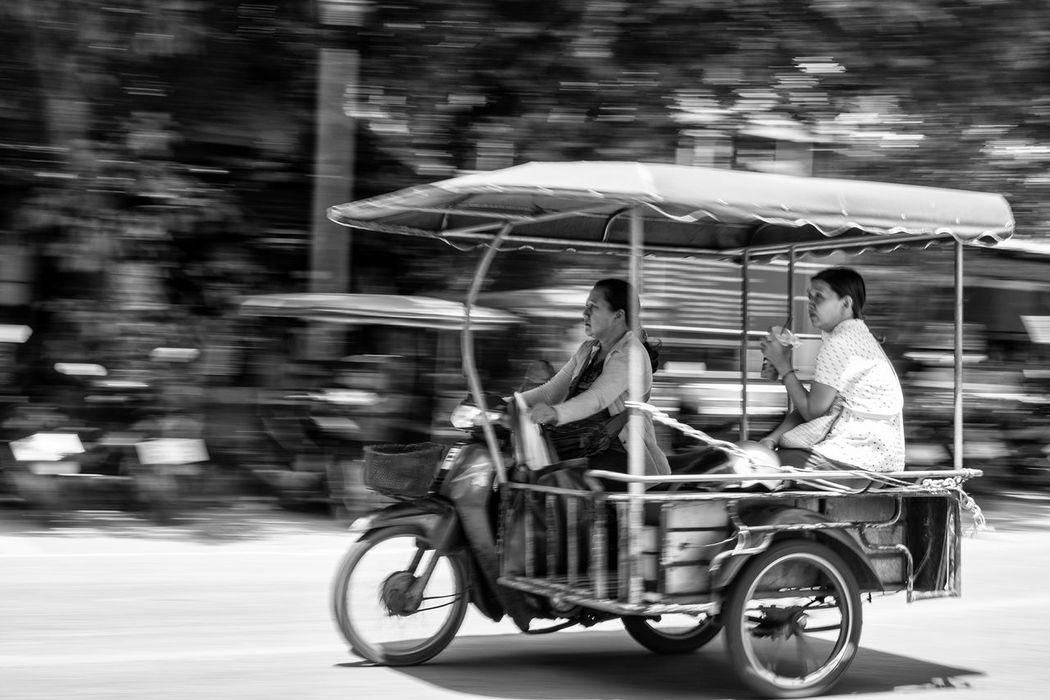 Tuk Tuk fly by. TukTuk Thailand ASIA Fuji Blackandwhite Panshot