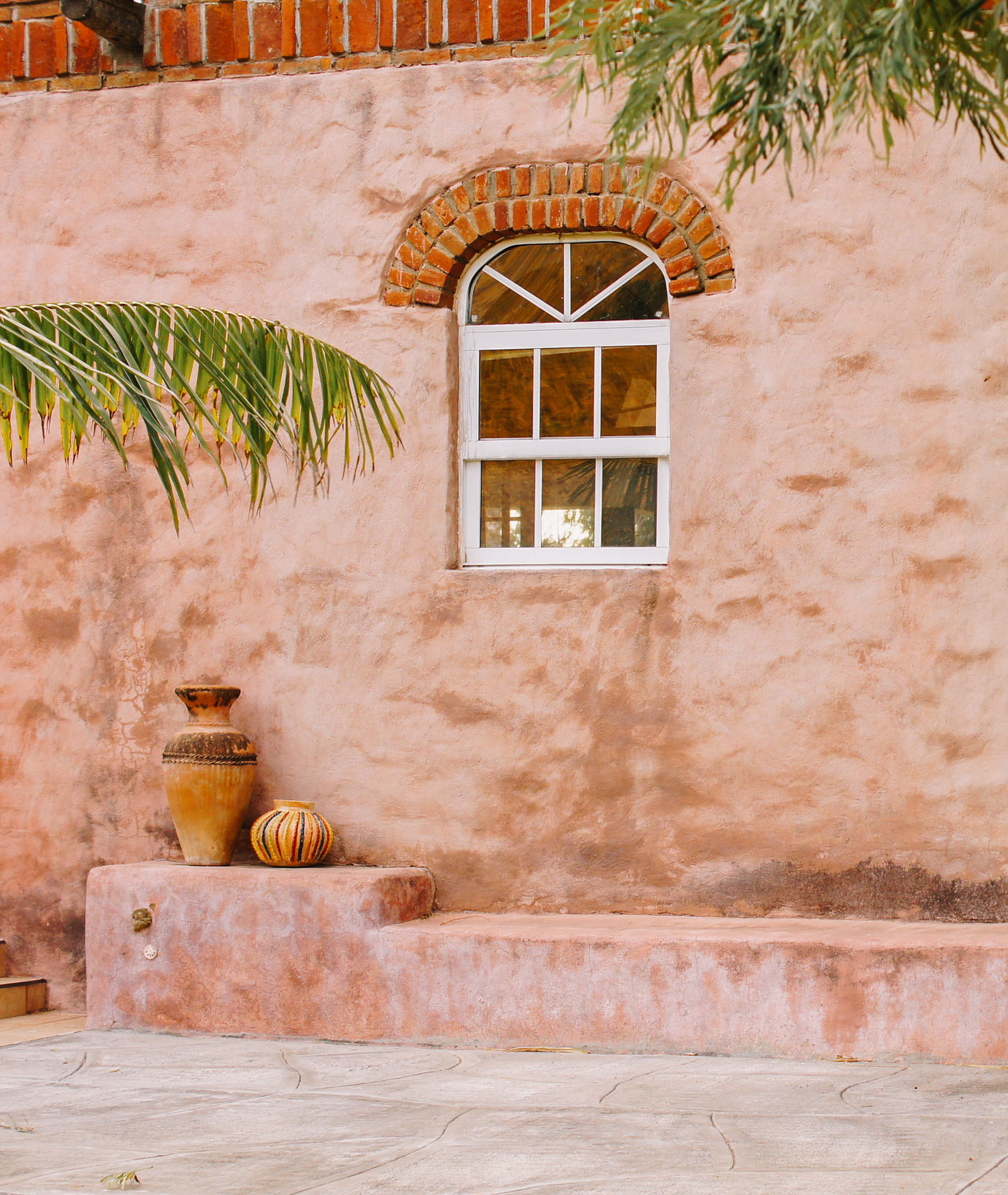 Jarrones Architecture Building Exterior Crafts Day Façade No People Outdoors Pastel Pink Plant Travel Window