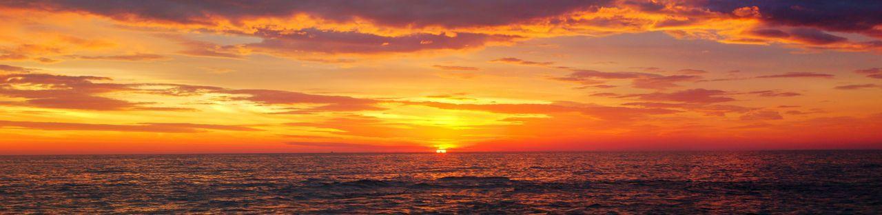 Panoramic Summer Seaside Beach Ocean Fireysky Sunset Australia Nature_collection Nature Photography Sunset_collection Sky Lovers Burns Beach Perth WA Western Australia Beach Lover Beach Photography Skyporn Showcase: February Colour Of Life