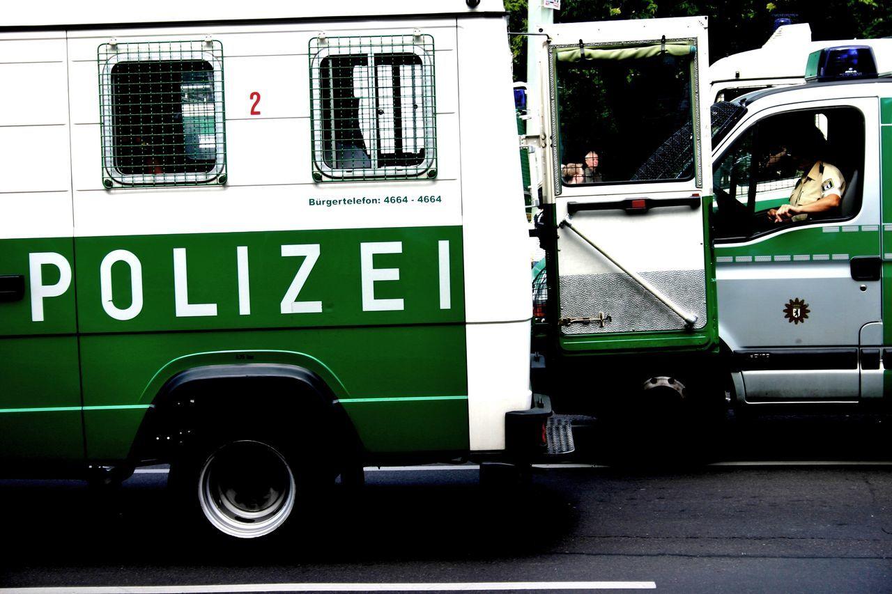 Berlin Bus Day Mitte Mode Of Transport Outdoors Police Police Car Polizei Polizeiauto Polizeieinsatz Road Street Transportation Trzoska