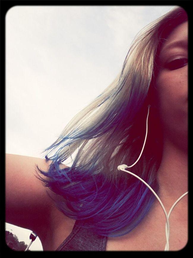 Blue Hair *o*
