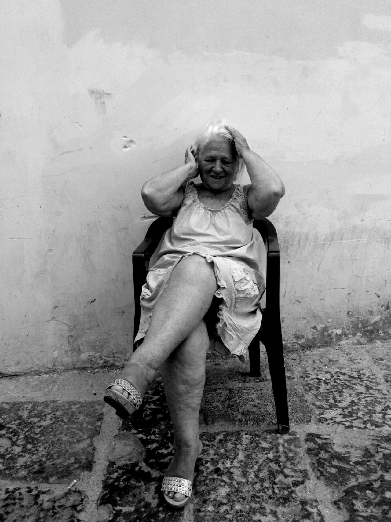 To be beautiful Blackandwhite Photography Black & White Streetphotography Napoli Italy Streetphotography_bw