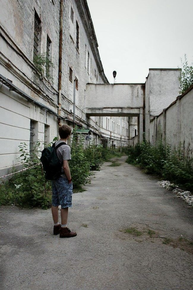 People And Places exploring the abandoned soviet prison in Tallinn was really powerful. To think it was only closed in 2004. Tallinn Estonia Tallinn Estonia Patarei Abandoned Abandoned Buildings Abandonedbuilding Abandonedprison