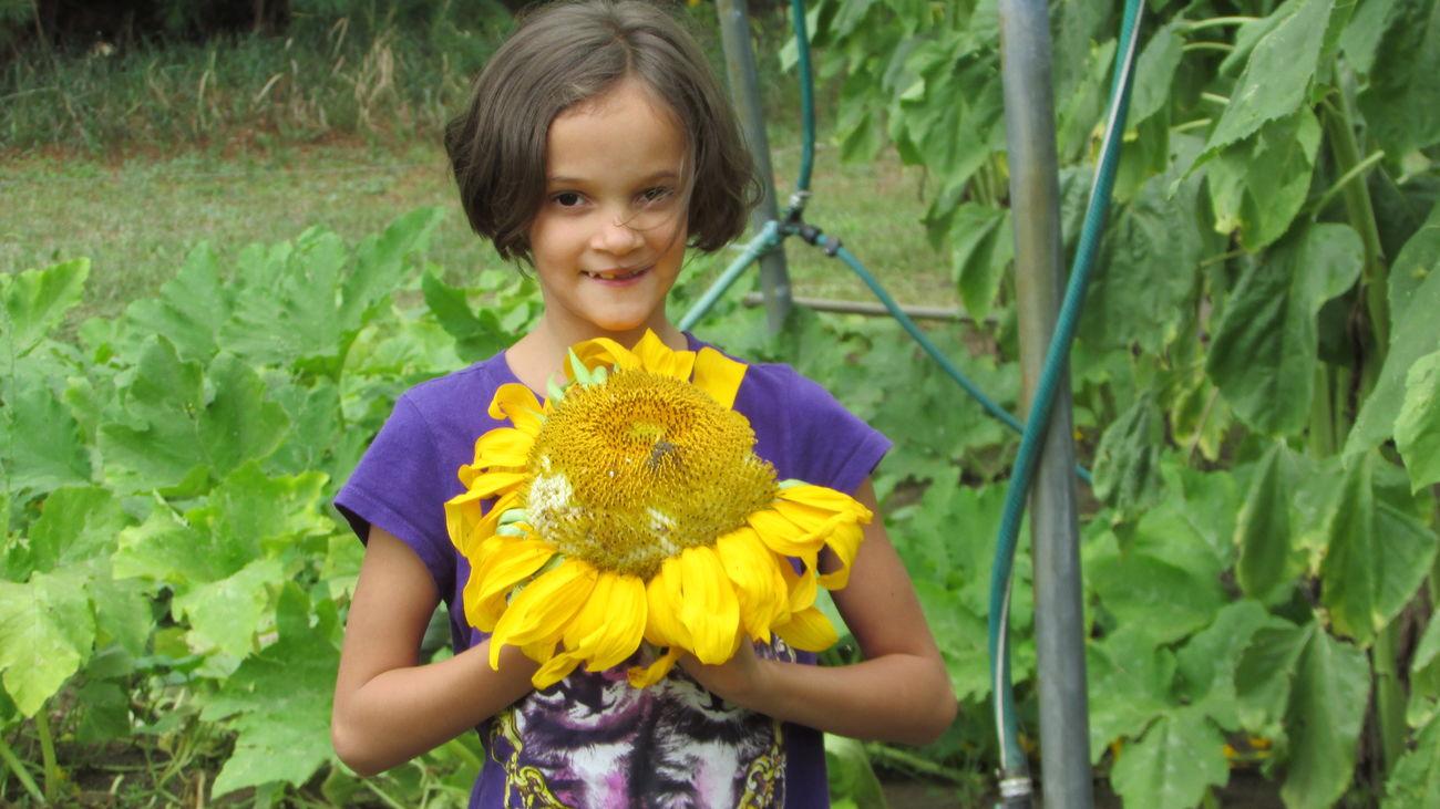 Daughterlove ❤💜💛 Hanging Out My Little Sun Flower Beautiful My Whole World Jenna Cadillac Michigan
