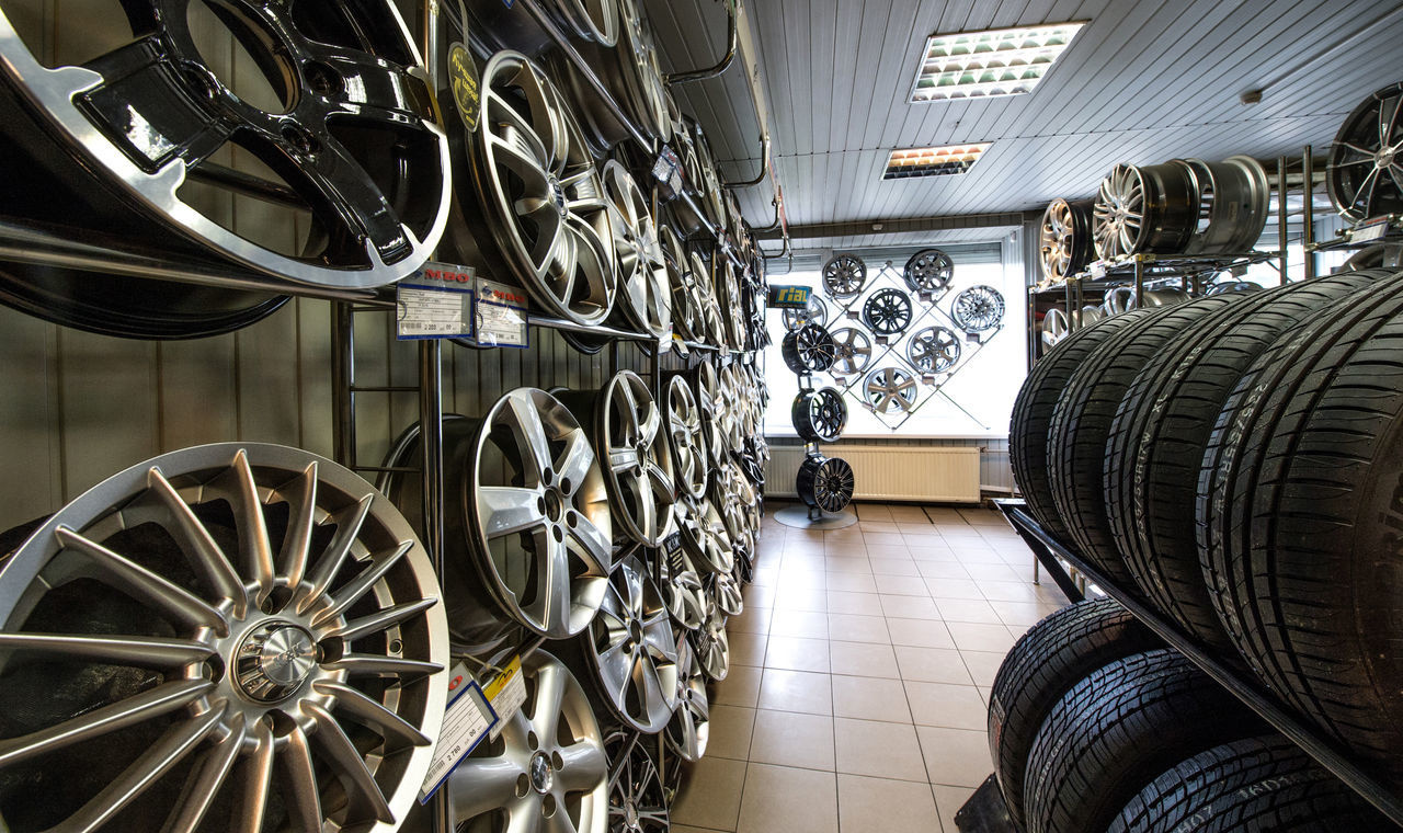 Tyres Bicycle Car Service Cars Consumerism Day In A Row Indoors  Large Group Of Objects Mode Of Transport Moscow No People Retail  Russia Store Tire Trade Transport Transportation Wheel Wheels