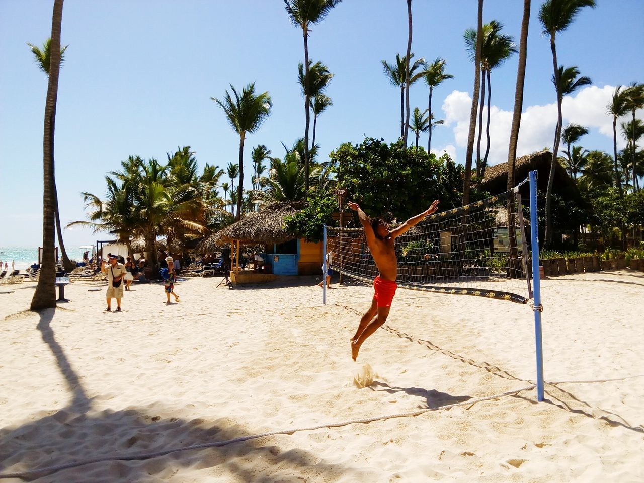 Original Experiences going back to my home town and feel like embracing all my childhood again is one of the most beautiful experience I've ever had. Dominican Republic Check This Out Enjoying Life Beach Life VolleyballVolleyball Bavaro GrandPalladium Punta Cana The Color Of Sport just enjoying the beauty of my country.