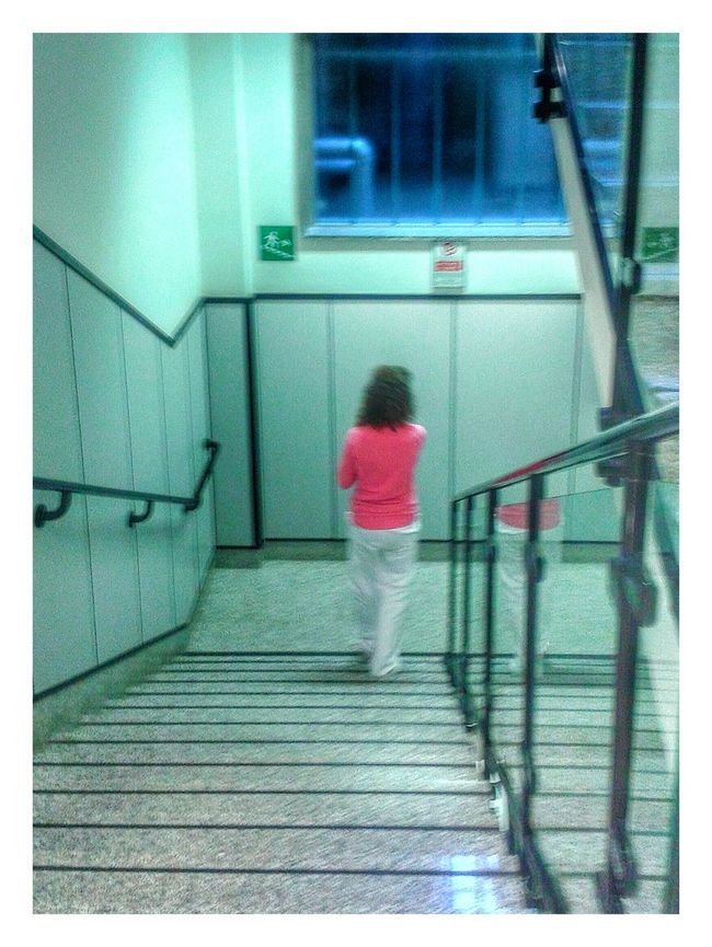 """Framed 19 - In fucsia"". Nurse Infermiere Hospital Fashion Fucsia Schwester Stairs Hospital Mobile Photography S3mini Snapseed"