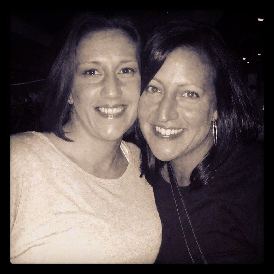 Sista Love!! Nkotb GreatTimes Cherish These Moments ❤ Buffalo, Ny