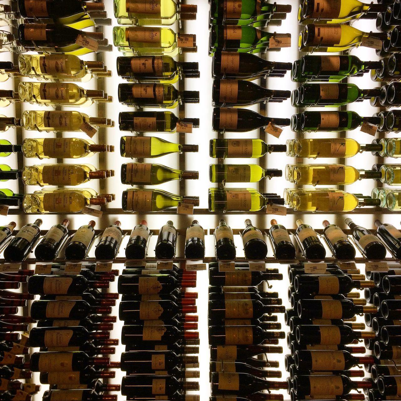 Beautiful stock photos of wine, Abundance, Arrangement, Backgrounds, Bar - Drink Establishment