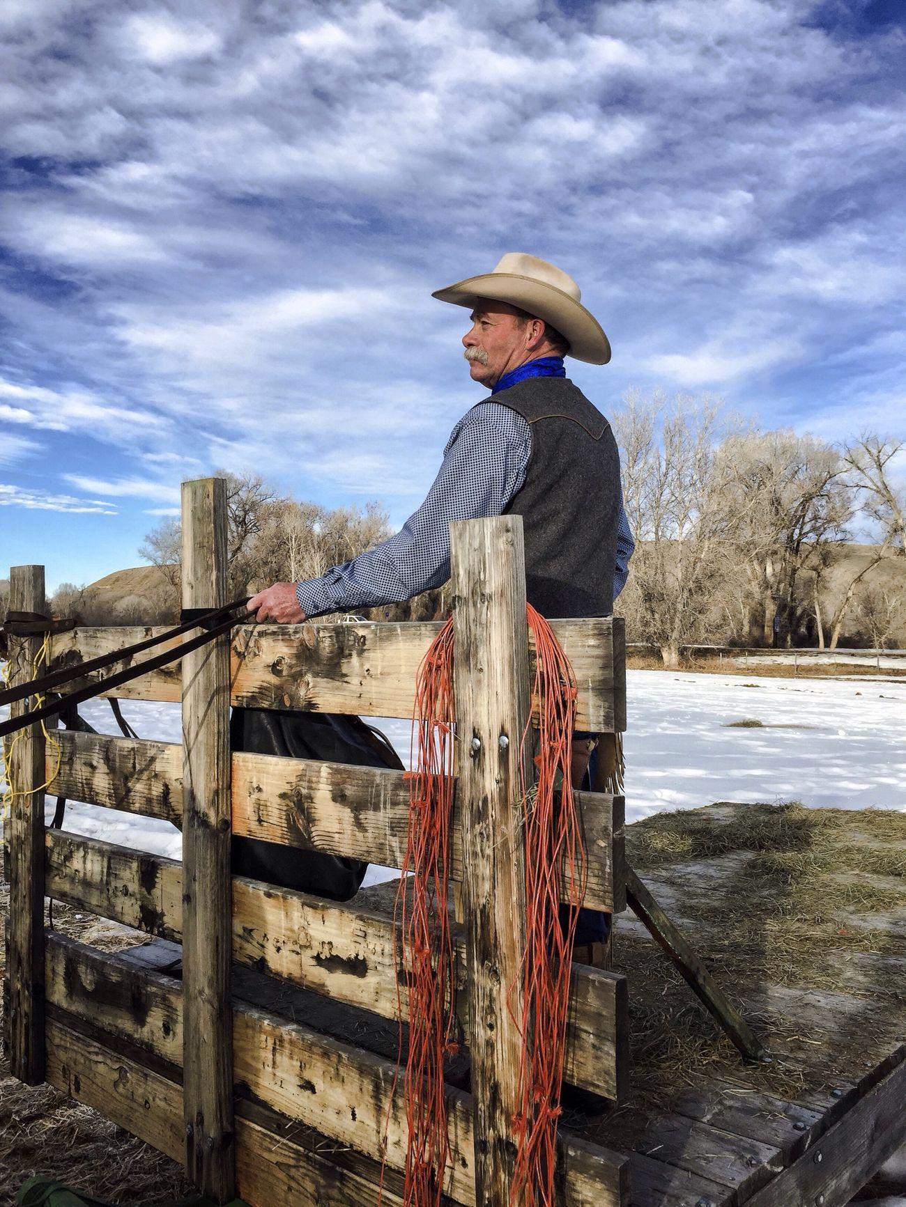 Beautiful stock photos of cowboy, 54-59 Years, Active Seniors, Caucasian Ethnicity, Cloud - Sky
