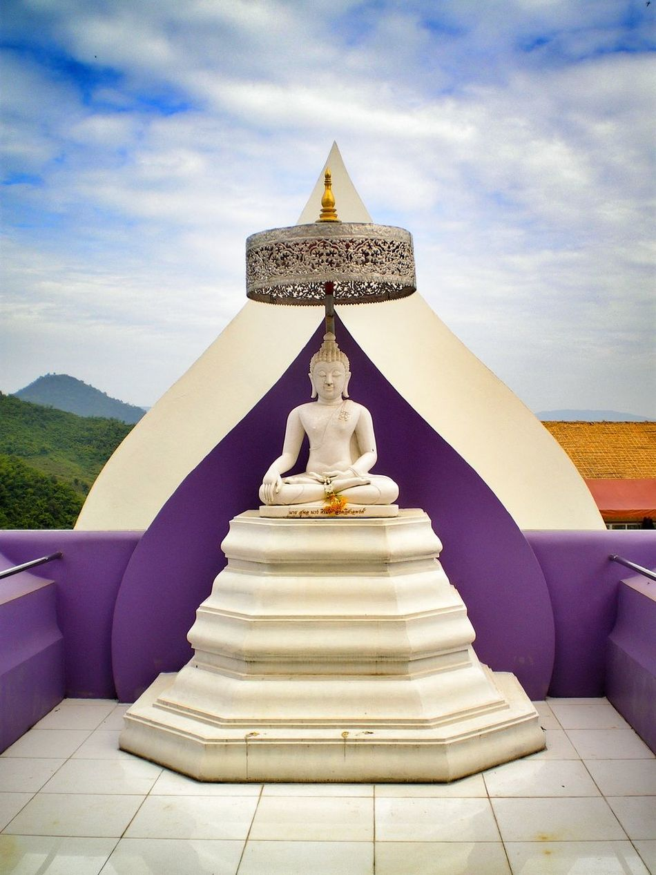 Thailand Buddha Traveling Temple Clouds And Sky Streamzoofamily Travel Photography Travel EyeEm Best Shots Violet By Motorola Spotted In Thailand Wat Tha Ton Northern Thailand