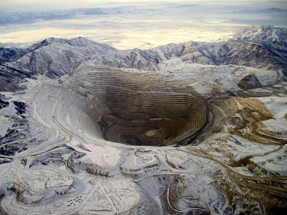 You've probably seen this one on my gallery before. I've reposted for comparison. It's of the Bingham Canyon Mine a few years ago when I was flying over it. It is one of my most popular photo. Aerial Shot Aerial View Bingham Bingham Canyon Mine Copper  Copper Mine Day Geology High Angle View Industrial Landscapes Landscape Mining Mining Heritage Mining History Of America Mountain No People Open Pit Mine Organized Outdoors Scenics Things I Like This Week On Eyeem Travel Utah Winter