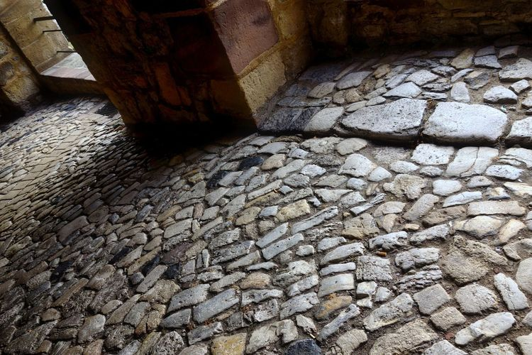 Altstadt KopfSteinPflaster Ancient Ancient Civilization Architecture Built Structure Close-up Day History Nature No People Old Ruin Outdoors Rock - Object Stone Material Warburg Altstadt Water
