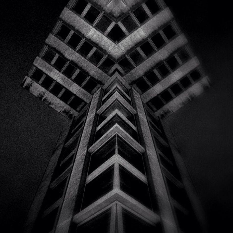 Î Bws_worldwide Bws_artist_eu M_innovative Bws_buildings F_harry_series_typo