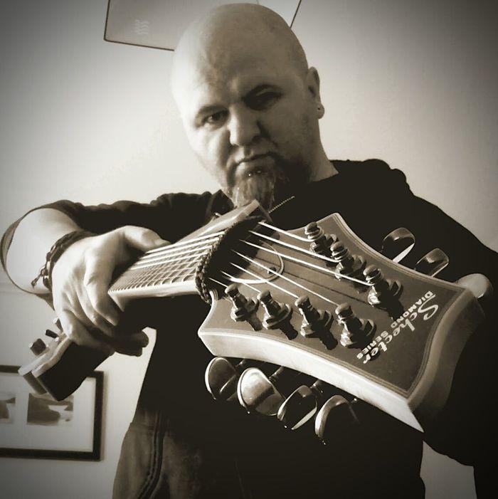 SchecterGuitars  Metal!! Doommetal 7strings