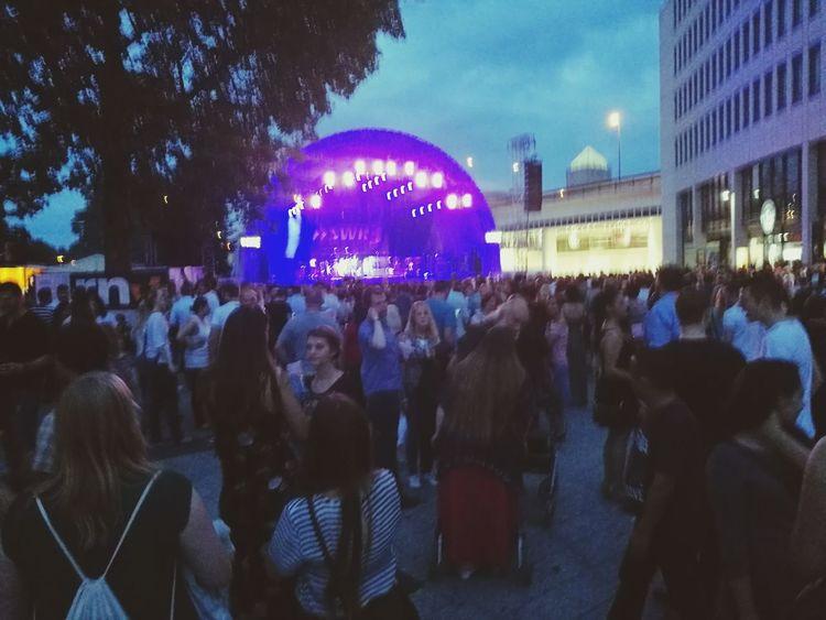 Hello World Enjoying Life Hi! In Summertime My Hometown Nice Day Super Concert Stadtfest 3 Days Festival taking photos