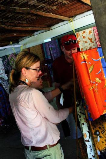 Tourist . Artart. Batik Indonesiabatik INDONESIAindonesia #cirebon #trusmi. griya batik halus cirebonan. batik badrun jaya. batik asli indonesia..