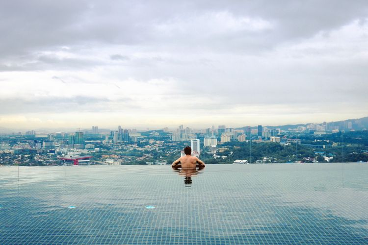 Cityscape Sky City Cloud - Sky Building Exterior Architecture Built Structure Futuristic Infinity Pool Skyline High Up Pool Reflections In The Water Skyscraper Relaxing Moments Relaxing Relaxation View From The Top Views Rooftop Rooftops Rooftop View  Rooftop Pool Kuala Lumpur Living
