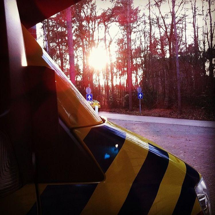 Het zonnetje gaat onder, de dienst is begonnen! Van 17:00 tot 08:00 Ambulance Emt EMS Hilversum rav gooienvechtstreek