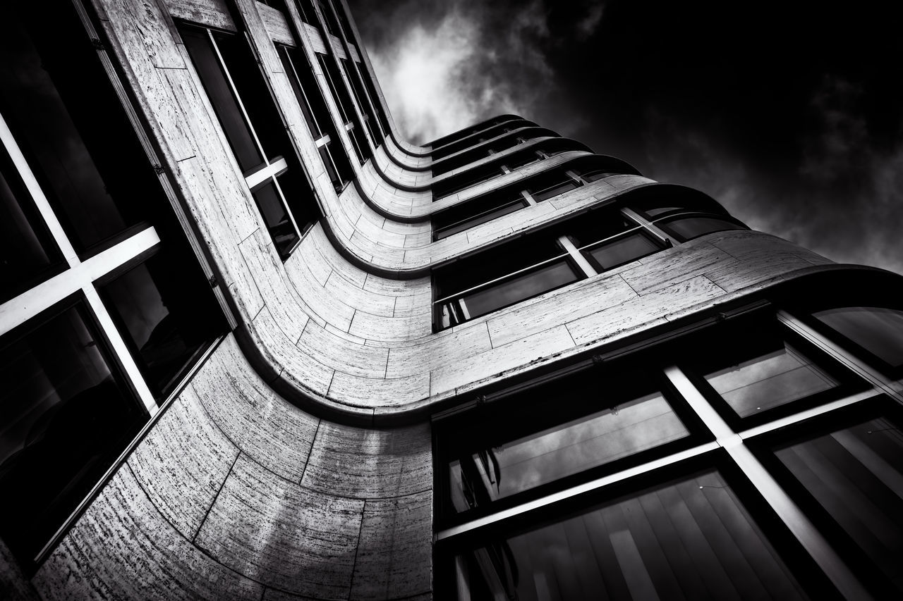 Shell house in Berlin, Germany. Architectural Detail Architecture Architecture Architecture_bw Berlin Berlin Wilmersdorf Berliner Ansichten Black And White Blackandwhite Building Buildings & Sky City Deutschland Fassade Fine Art Photography Germany M Modern Modern Architecture No People Philipp D Shell-house Sky And Clouds Urban Windows