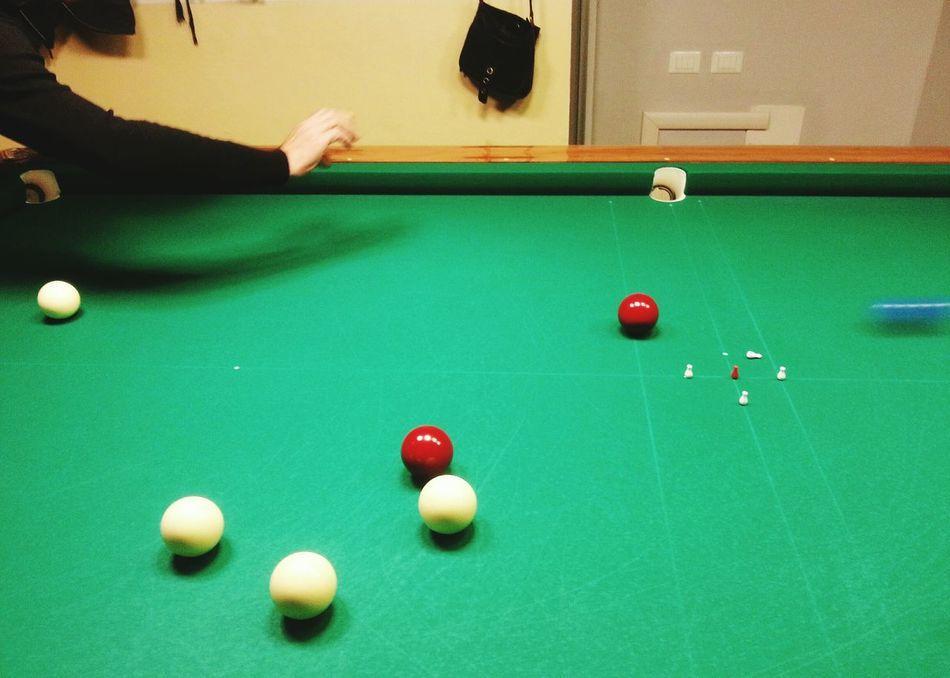 """Boccette 5 - Castello"". Boccette Bigliardo Pool Hand Pool Italian Games Pool Table Balls BigLie Hands Pallino Motion Blur Birilli Smartphone Photography Note 2 Eyeemfilter F2"