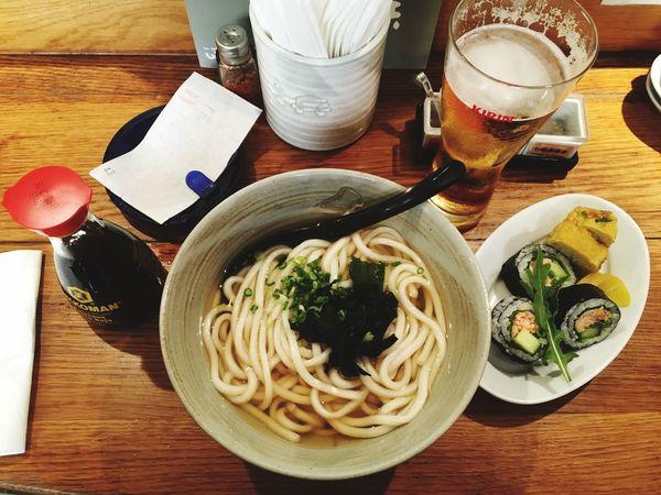 Work hard & eat udons 😌 Udon Noodles Udon Foodporn Food Mealtime Meal Lunch Time! Lunch Bier Maki Sushi Japanese Food Dinner Restaurant