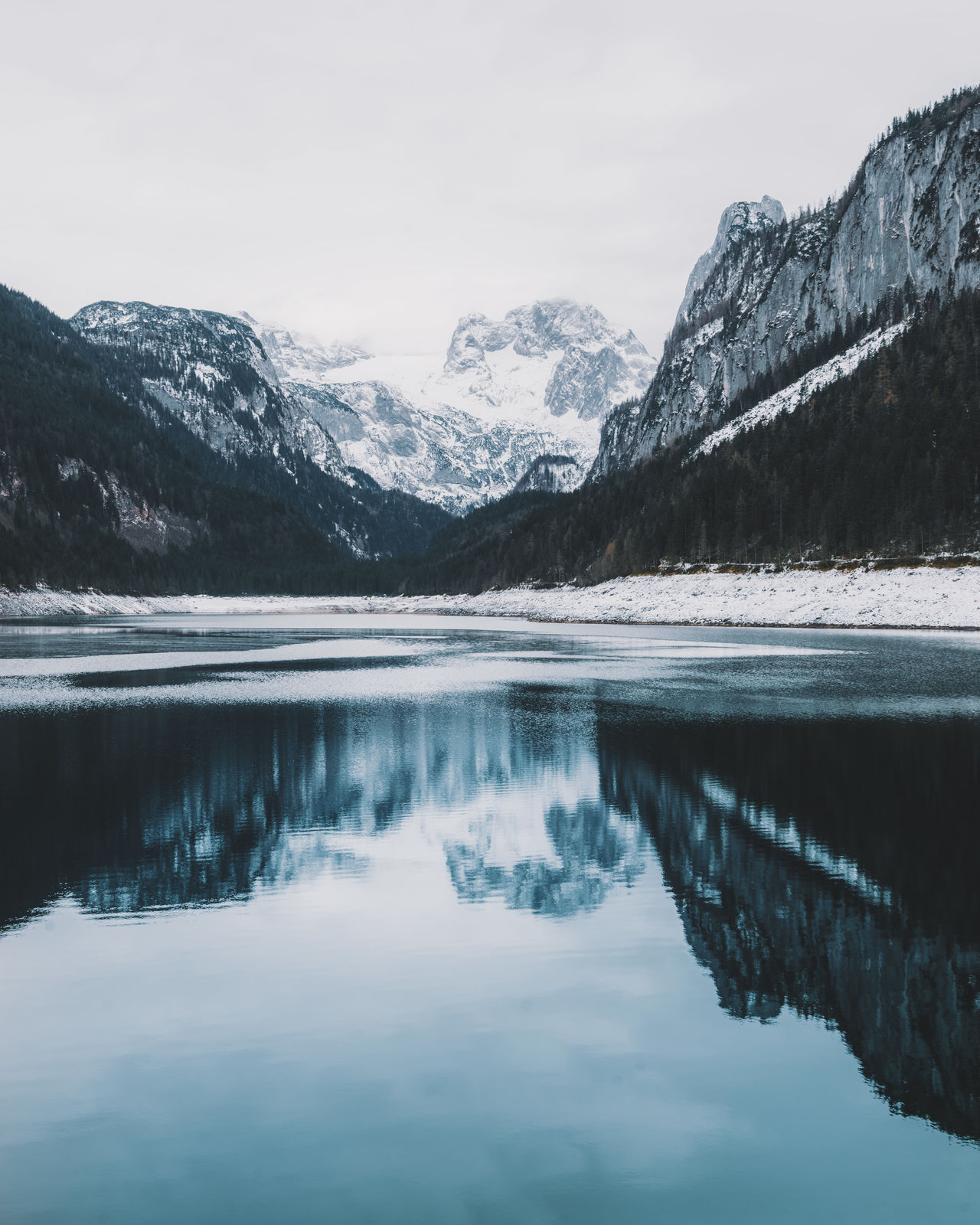 Mountain lake winter reflection Beauty In Nature Cold Day EyeEm Best Shots EyeEm Nature Lover Lake Landscape Landscape_Collection Mountain Mountain Range Nature No People Outdoors Reflection Reflection Scenics Sky Snow Sunset Tranquil Scene Water Winter