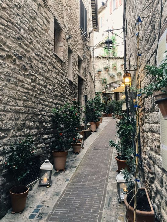 Assisi Italy Travel Small Road Arjungtaeng Iphone 6 Plus IPhoneography