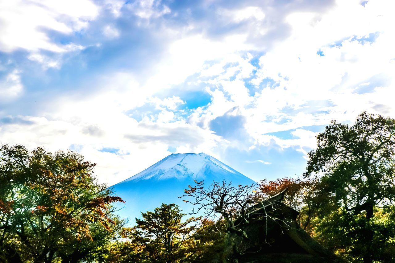 A Series Of Fuji Mountain's Picture -8. Mt.Fuji Autumn Fujimountain EyeEm Best Edits Natural Beauty Eye Em Nature Lover Fuji Mountain Beautiful Nature Snow Mountain Mountain View