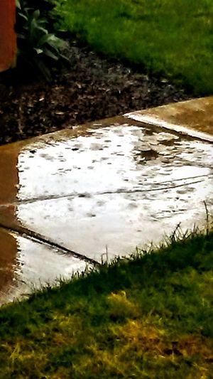 Rainy Days☔ Wet Day Oregonlife Sloshfest Splish Splash Its Pouring  Oregon Weather Raining Outside Puddleography Drip Drops I❤the Rain I❤oregon Pitterpatter