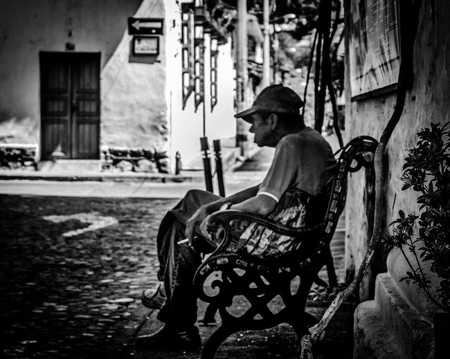 The Waiting Taking Photos Black And White Blackandwhite Blackandwhite Photography Oldman Photography Photooftheday Photographer Canon Photo