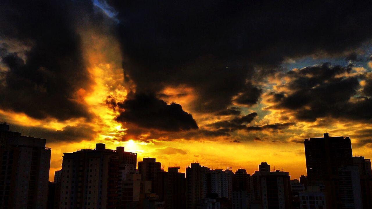 Perdizes sunset ☀️ SAO PAULO BRASIL 🇧🇷 Night Lights Bokeh Starry Sky Light & Shadow Getting Creative Sunset City Lights EyeEmBestPics