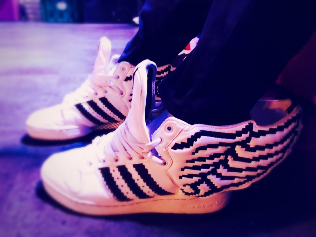 Jeremy Scott Adidas Wing Jeremy Scotts! Wing Shoes Pixel Iphone7