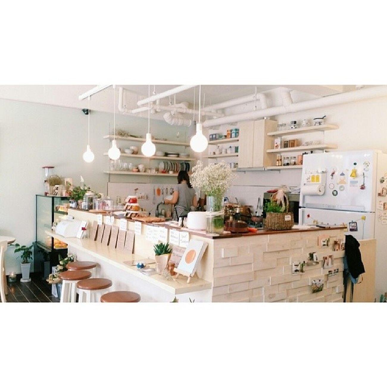 0619 다정한오후 한성대입구역 서울카페 동소문로카페 성북구카페 성북카페 레몬타르트 아메 나른한오후같은 카페에욤??