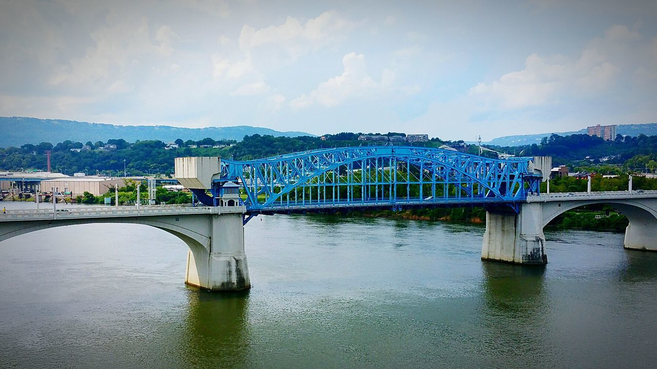 Market Street Bridge Over Tennessee River Against Sky
