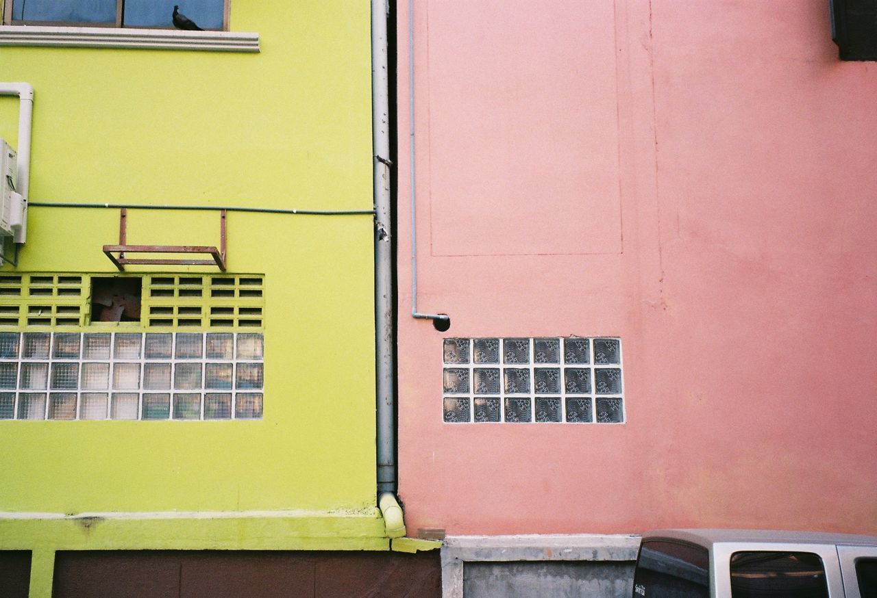 EyeEmSelect Leica Z2x Film Filmcamera Filmphotography Pastel Bangkok Thailand Architecture Built Structure Building Exterior Outdoors Day Yellow Pink Colour Sommergefühle EyeEm Selects