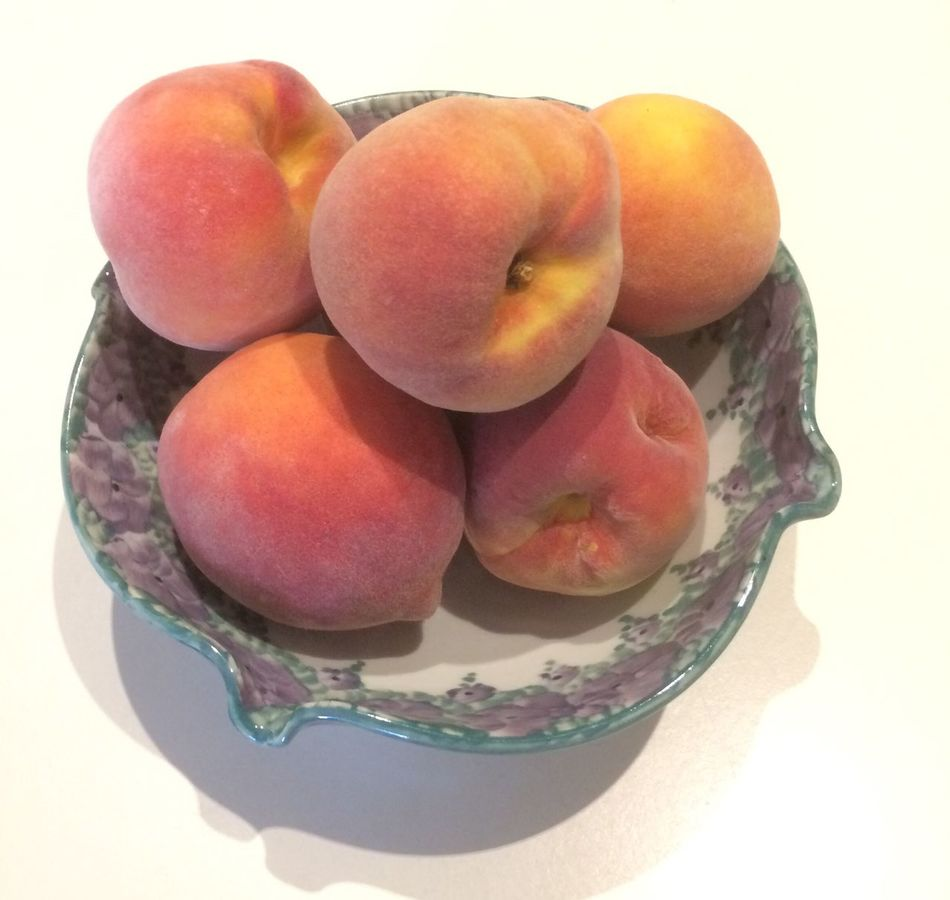 Peaches White Background Fruit Healthy Eating Food And Drink Food Studio Shot Freshness No People Close-up Indoors  Day