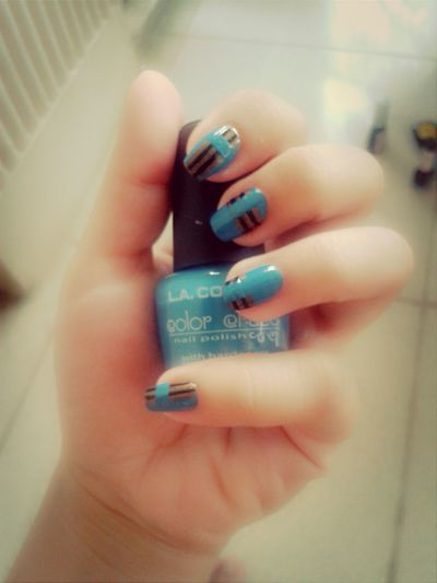 Blue+brown (w/a touch of gold)+Black ;) harhart nailss ◆◆