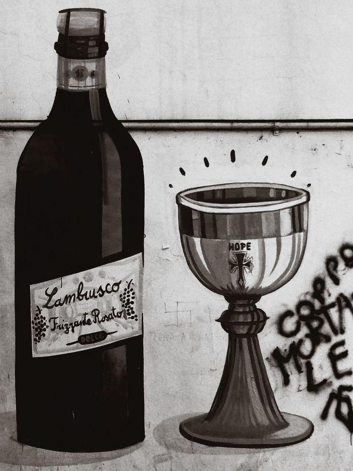 Wine Lambrusco Wall Streetart Walking Around Finder Modena