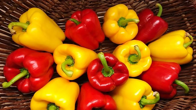 Bell Peppers Bell Pepper Yellow Bell Pepper Food And Drink Multi Colored Large Group Of Objects Healthy Eating Red Bell Pepper Vegetable Colorful