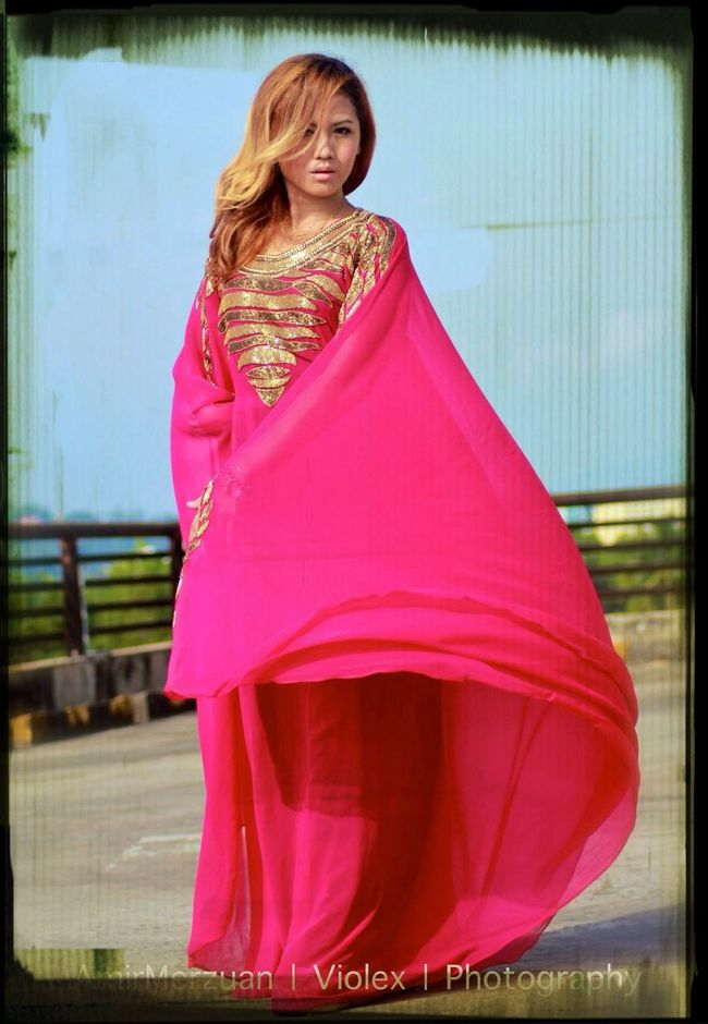 Pink Kaftan.. Enjoying The Sun