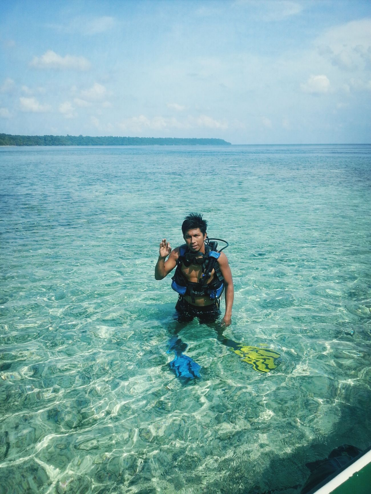 Diving at Kakaban Island. Scuba Diving Derawan Island Maratua Island Diving