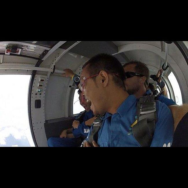 飛んだの見て爆笑www Sky Guam Gopro Skydive Freefall Hafaadai グアム スカイダイビング Skydving ソラトビ