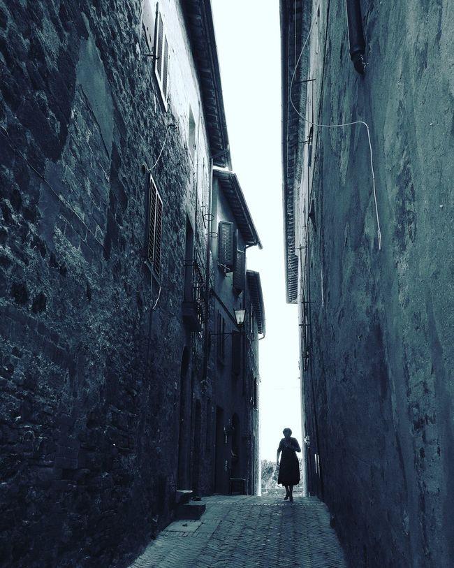Shootermag Streetphotography EyeEm Best Shots Monochrome Tuscany Showcase July