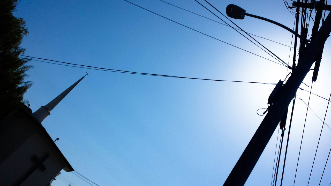 Alternative Energy Cable California Clear Sky Electricity  Fuel And Power Generation Juxtaposition Love Oakland Pole Power Line  Relegion Street Light Structure Sunlight Technology