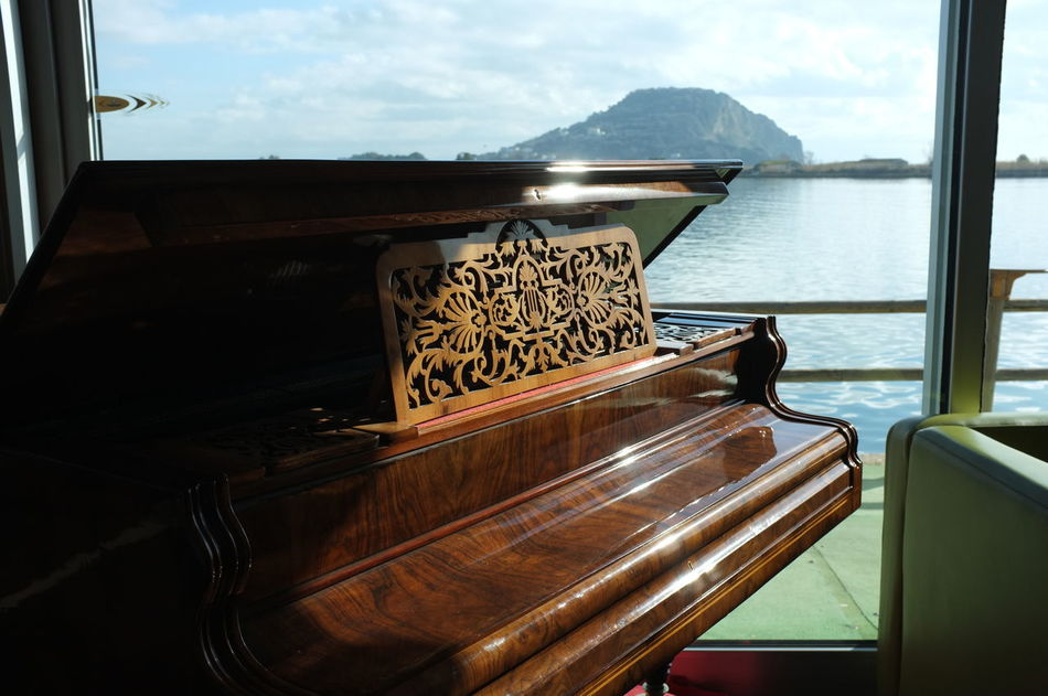 Beautiful stock photos of piano, Close-Up, Cruise, Luxury, Mountain