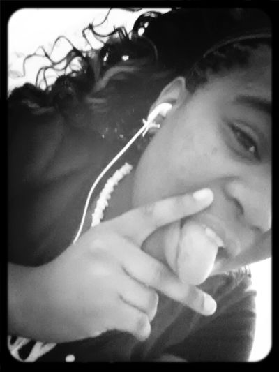 Old but new to Eyem and Twitter My baby is my drug♥
