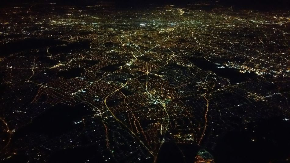 Your Design Story Cities At Night Learn & Shoot: After Dark Learn And Shoot: After Dark After Takeoff British Airways View From The Airplane Window View From An Airplane Light In The Darkness Night Lights London In The Night Jewels In The Dark Night Photography In The Night Above London Pattern Pieces London On The Way A Bird's Eye View