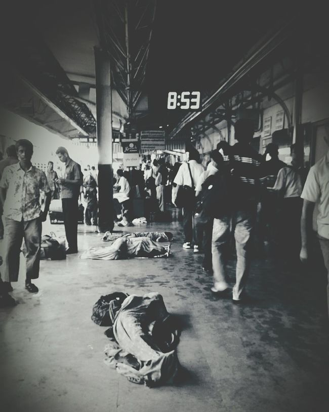 Finding some peace in d busy world Indian Railways Indian Railway  Croud Platform Busy Busy Day India Crouded Indians  Incredible India Live Photography EyeEm Best Shots Photooftheday Photography